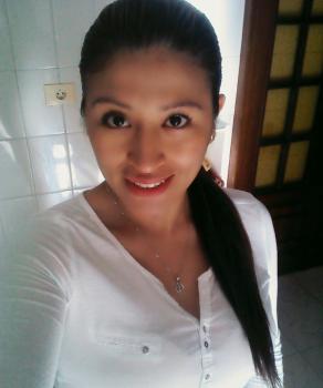 Carmen Edith J. Canguros / Cuidadores niños Ref: 579936