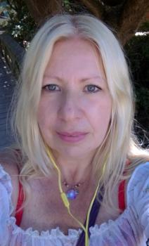Carmen Jacqueline S. Cuidador de mayores  Ref: 399988