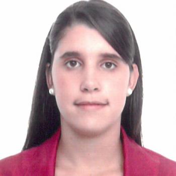 Claudia R. Professeurs particuliers Ref: 413891